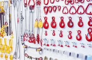 What is rigging hardware
